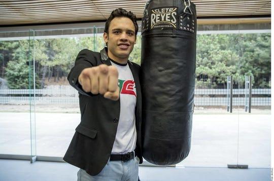 Julio César Chávez Jr. tiene actualmente 33 años y una marca de 50-3-1, 32 KO's.