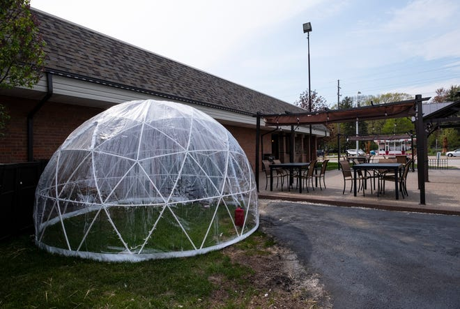 Four Star Diner is installing outdoor seating, including an igloo for colder days and nights.