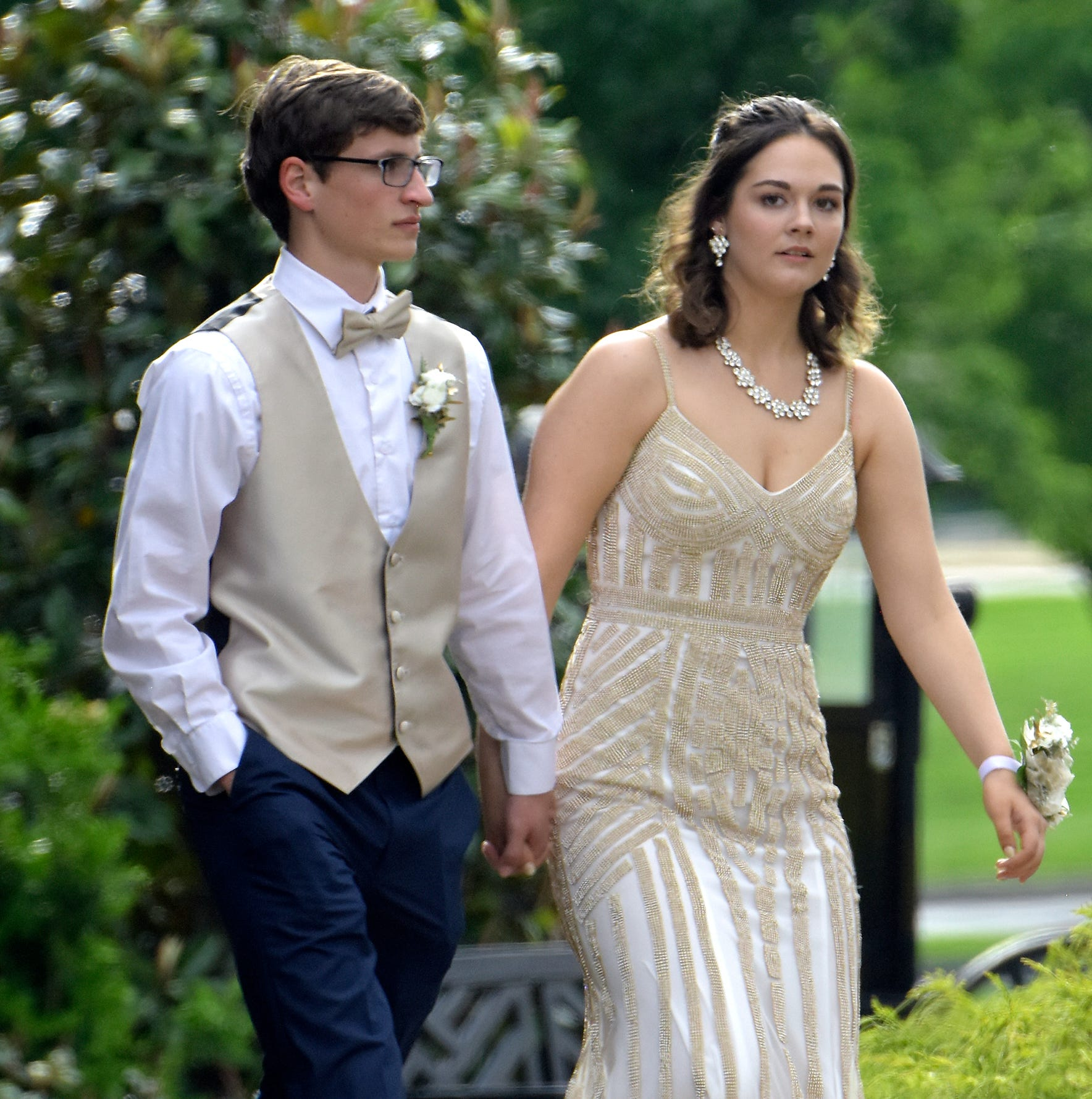 Students arrive at the Eastern York High School Prom at Eden Resort & Suites in Lancaster Friday, May 17, 2019. Bill Kalina photo