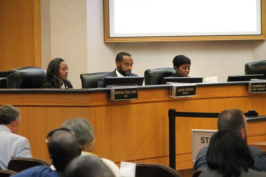 Mayor Adrian Perkins, Chief Administrative Officer Shericka Fields Jones and Chief Advisor Shanerika Flemmings at a City Council Meeting May 14.