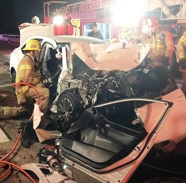 One rescued from crash on Highway 101 in Ventura