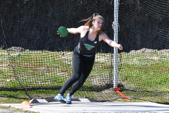 Thousand Oaks High senior Amanda Spear won the CIF-Southern Section Division 2 championship in the girls discus throw on Saturday with a throw of 151 feet, 3 inches, a personal best that represented a 56-foot improvement over two months.