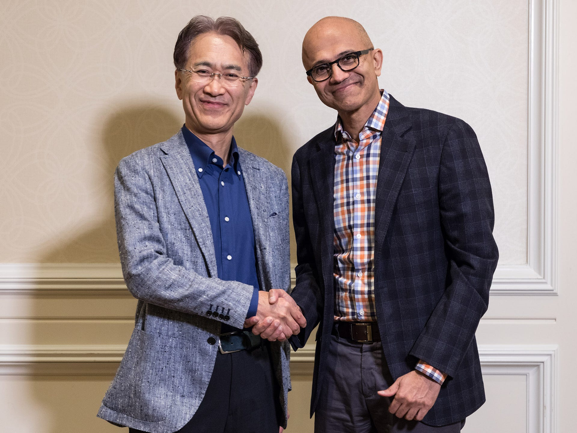 Microsoft and Sony team up for video games in the cloud, but what's it mean for gamers?