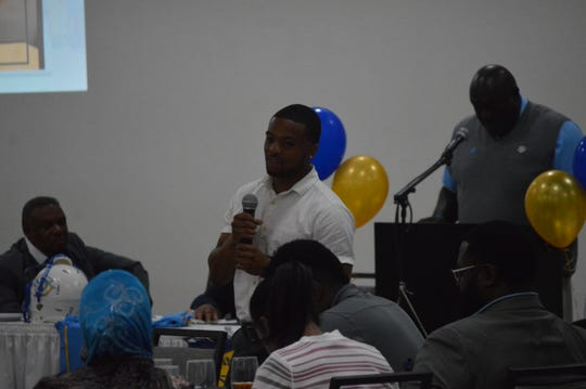 "Former Peabody and current Southern receiver Jamar Washington speaks to school alumni Thursday for the Rapides Chapter of Southern University Alumni Federation's ""Meet The Jaguars"" event."