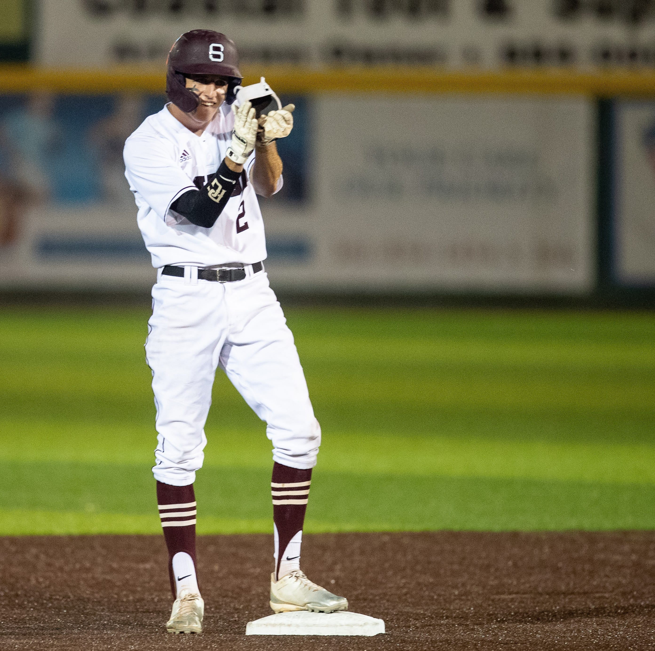 High School Baseball: Sinton rallies to top Robstown to open playoff series