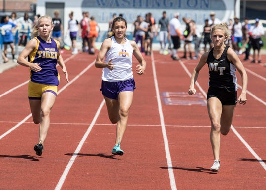 Paris DeBord qualified for regionals in the girls 100-meter dash, finishing fourth with a time of 13.30, and in the 200-meter dash as she won the race with a time of 27.02.