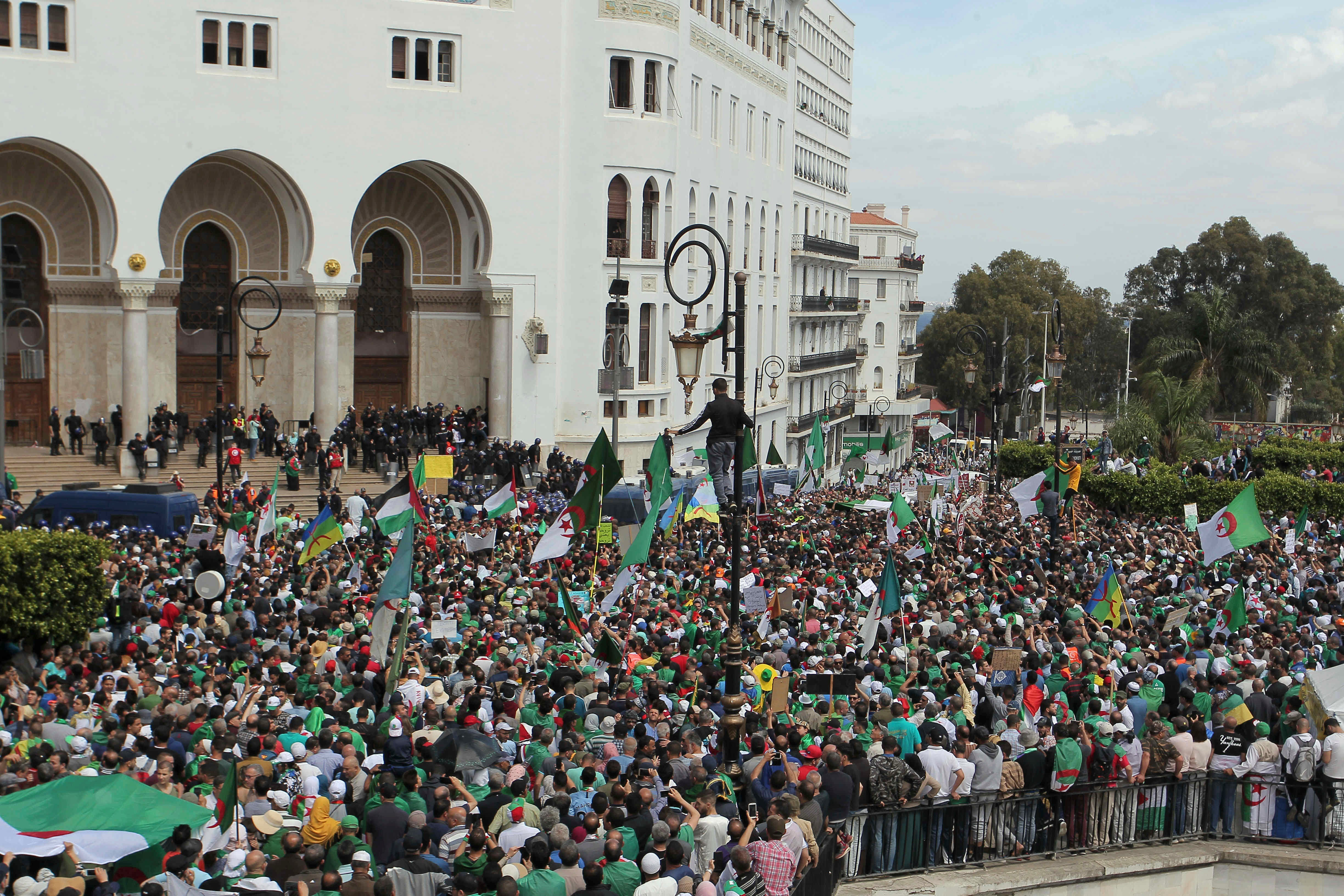 Algerian protesters gather during an anti-government demonstration outside La Grande Poste (main post office) in the centre of the capital Algiers, Friday, May 17, 2019.