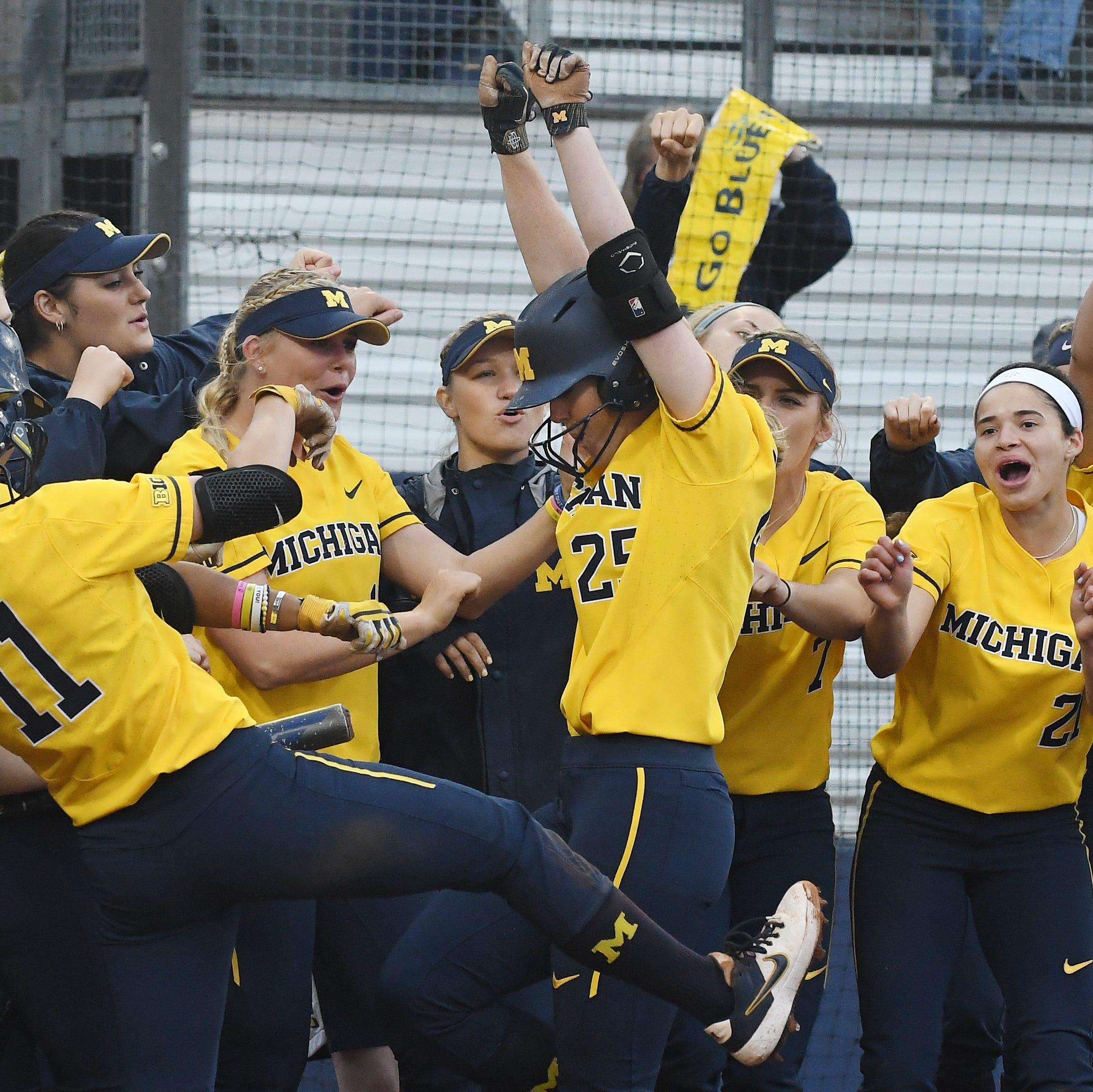 Michigan softball rolls in regional opener, 'great battle' awaits