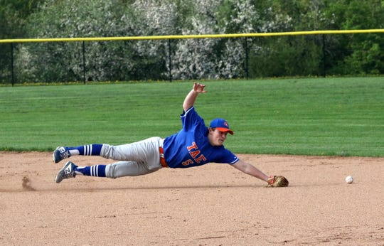 Edison second baseman Jack Hourihan comes up short as he dives for a ground ball against Waverly in the IAC baseball championship game May 17, 2019 at Tompkins Cortland Community College.