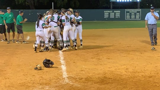 The Fort Myers softball team punched their third straight ticket to state with a 6-4 win over Land O Lakes Sunlake on Friday in a Class 7A regional final.