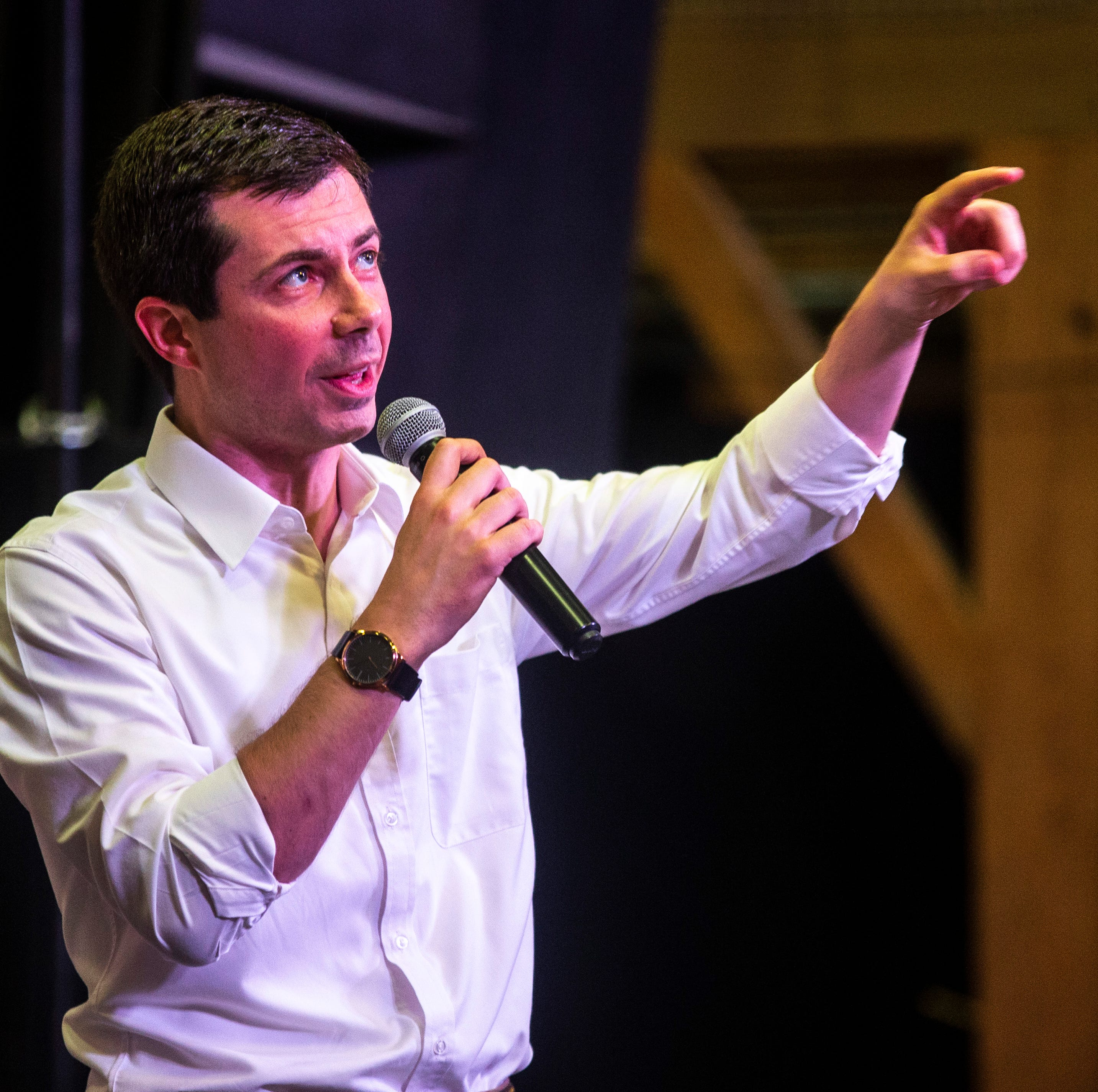 In Iowa, Pete Buttigieg comforts 11-year-old being bullied: 'You have nothing to be ashamed of'