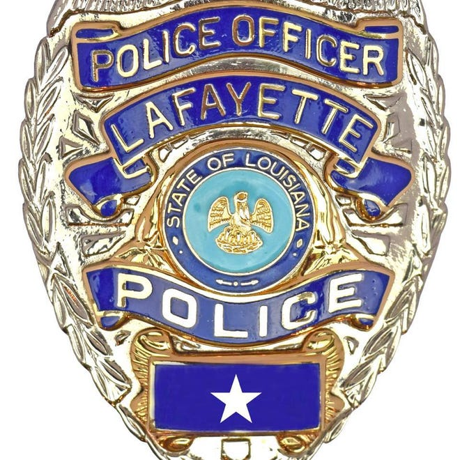 A Lafayette Police officer is facing scrutiny after a selfie circulated social media.