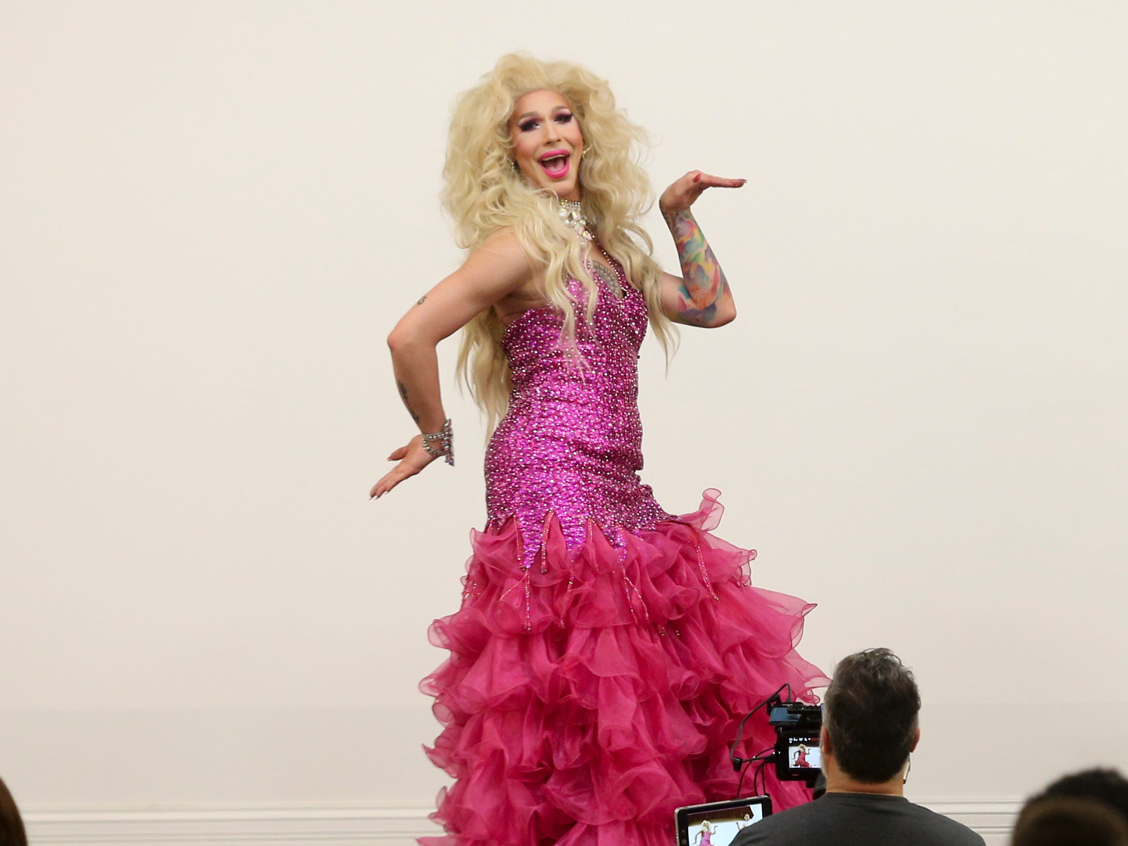 Drag Queen Storytime in Louisville relays message of acceptance despite protests