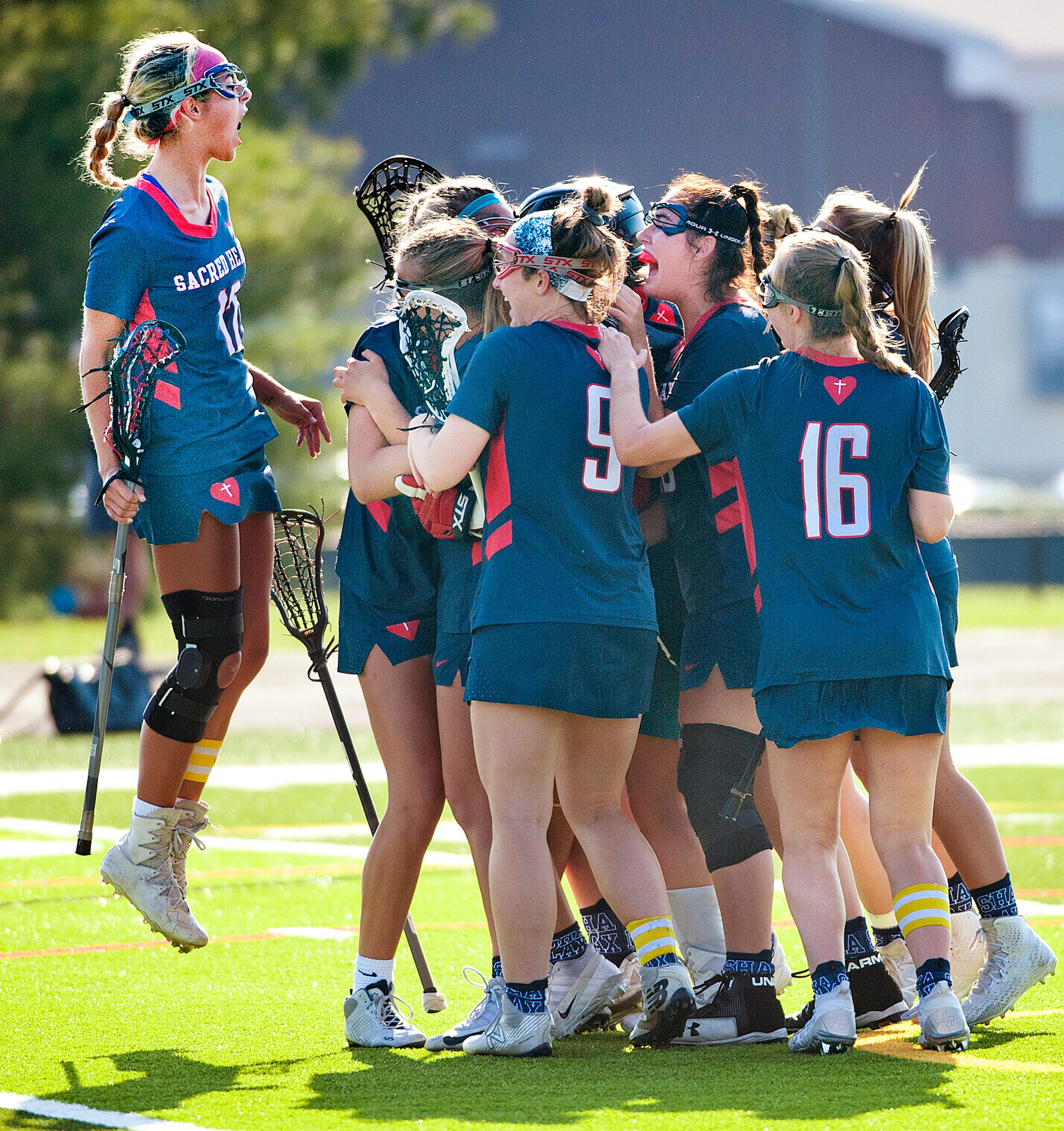 Sacred Heart lacrosse defeats Eastern in state championship