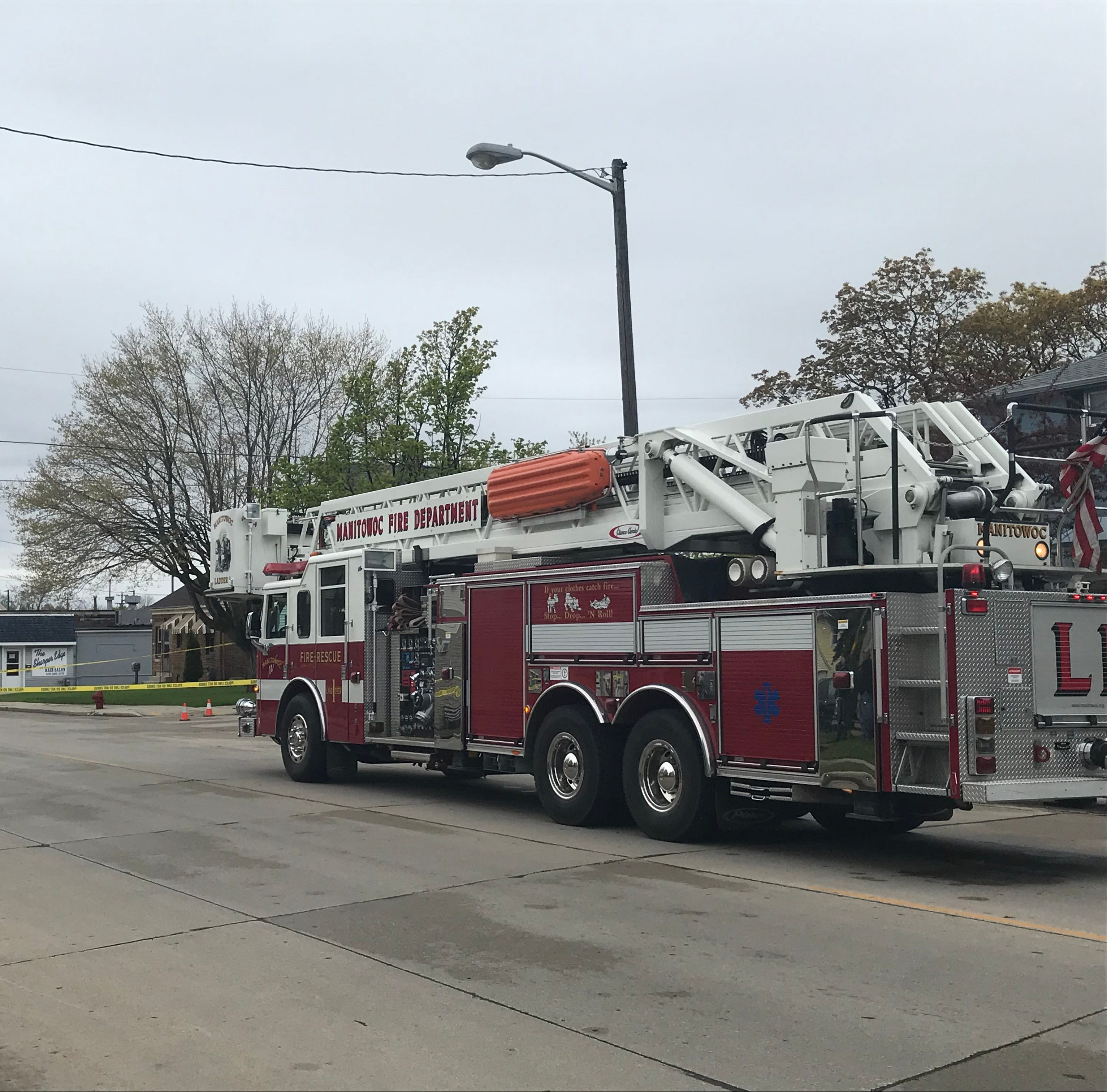 Manitowoc police, bomb squad investigating explosive device on south side