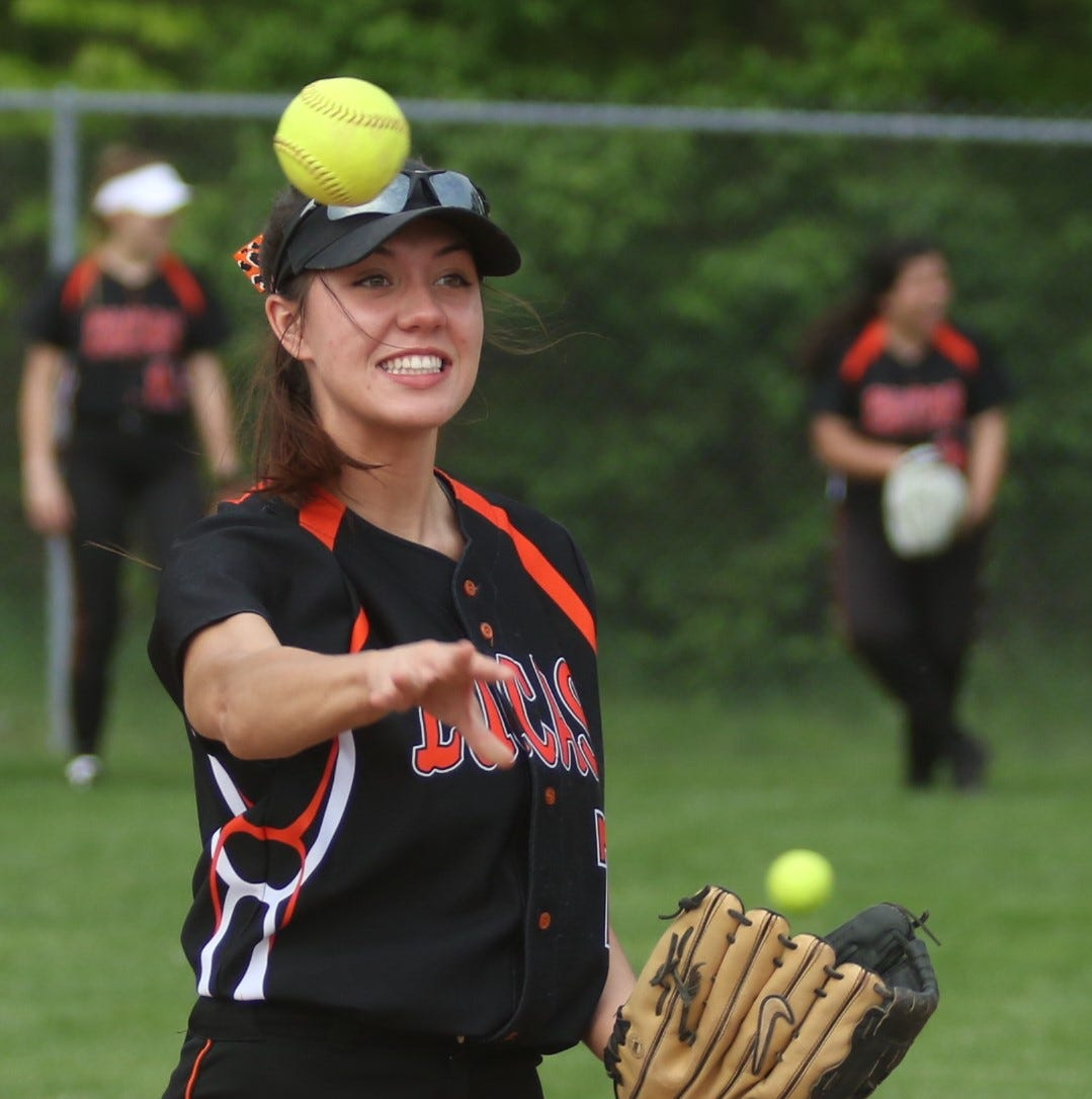 Lucas softball seniors end careers with district runner-up finish