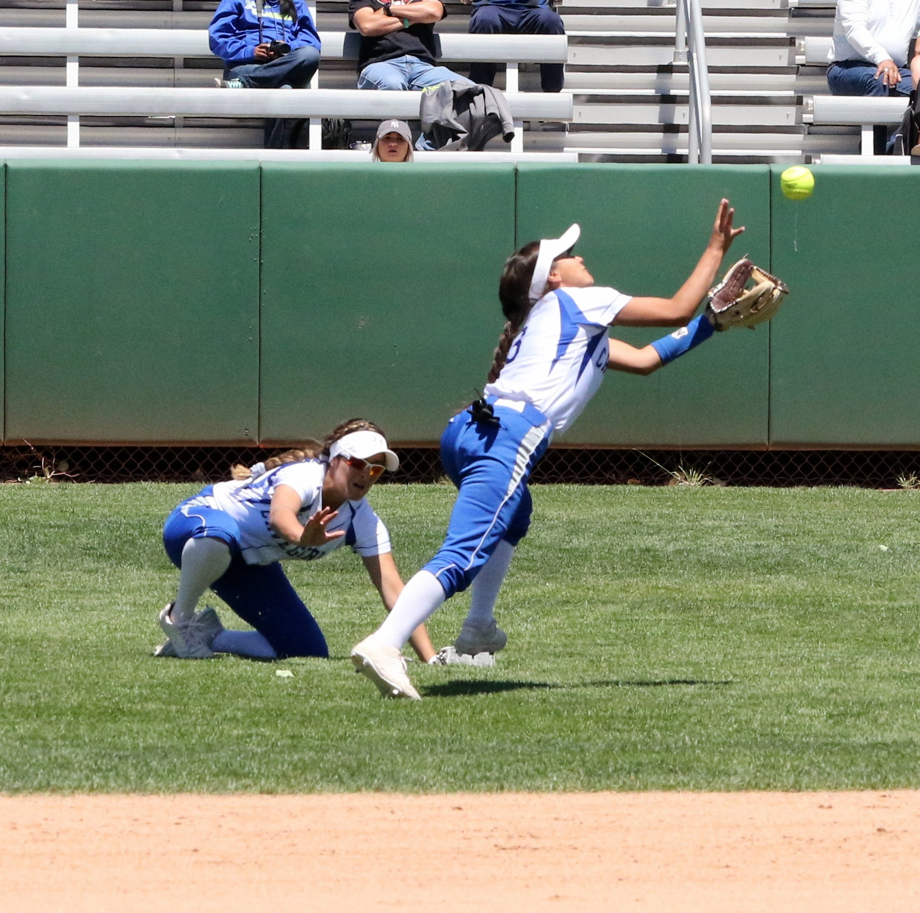 Cavegirls fall to Rams in 5A title game