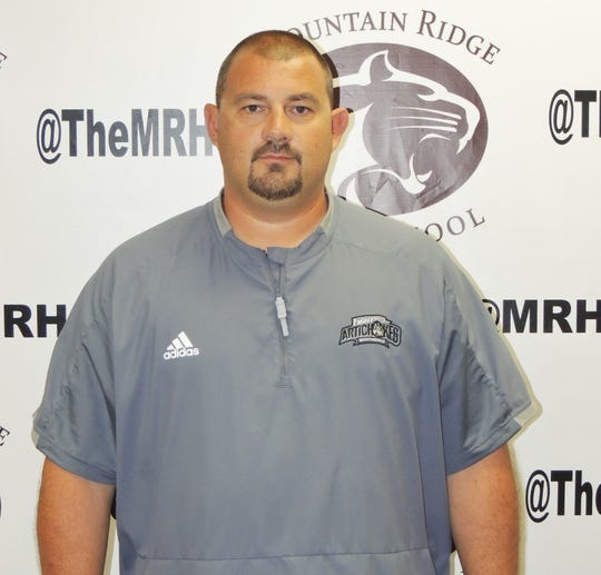 Doug Madoski will coach Mountain Ridge High and the Maricopa Mustangs junior college team.