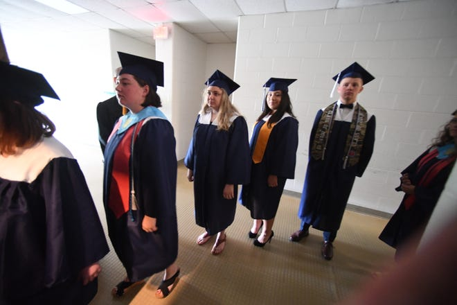 Seniors on track to graduate from Staunton High School before the governor closed schools are still on track to graduate now, said Superintendent Garett Smith.
