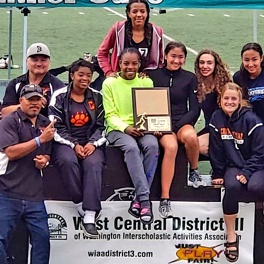 Cougars, Eagles claim district track and field titles