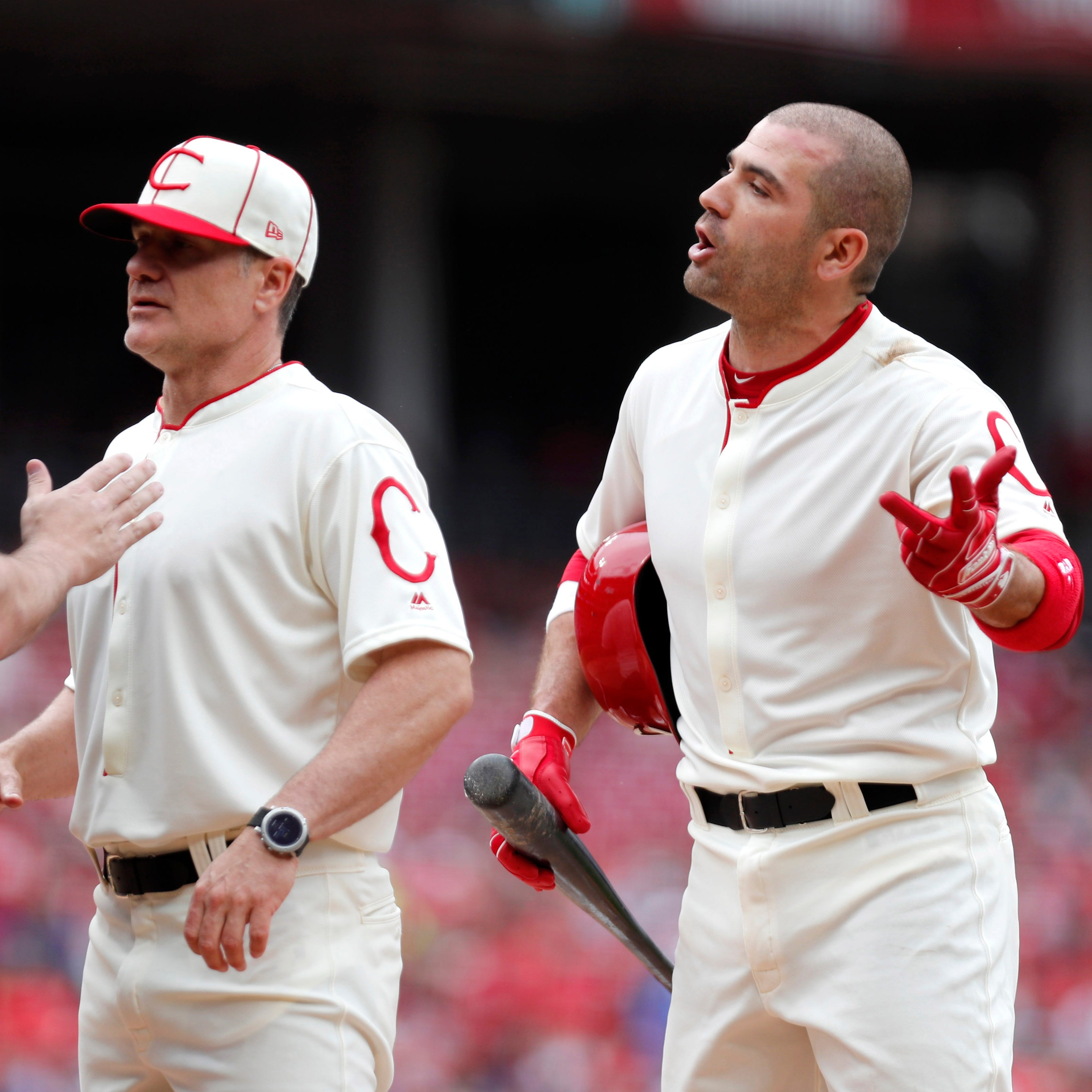 Cincinnati Reds fall 8-3 to Los Angeles Dodgers, miss a chance to build some momentum