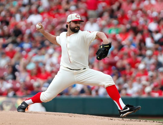 Cincinnati Reds starting pitcher Tanner Roark (35) throws against the Los Angeles Dodgers during the second inning at Great American Ball Park.