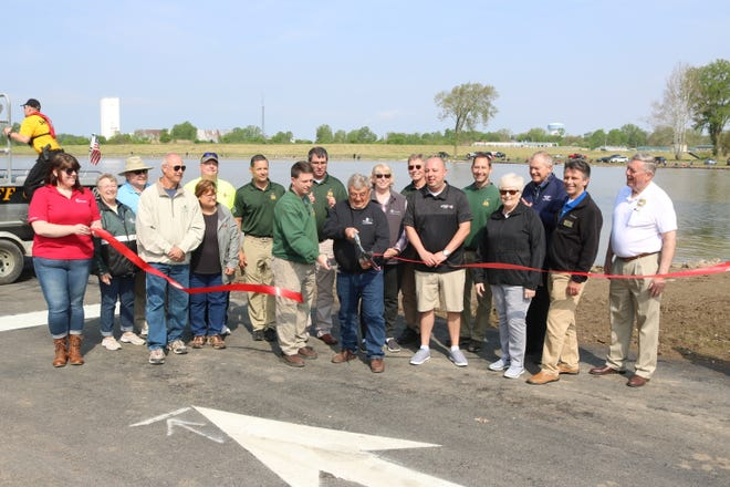 "The Ohio Department of Natural Resources in collaboration with county and city officials opened Fremont's first public boat ramp on the Sandusky River offered by ODNR, which is being called ""Darr-Root Fishing Access."""