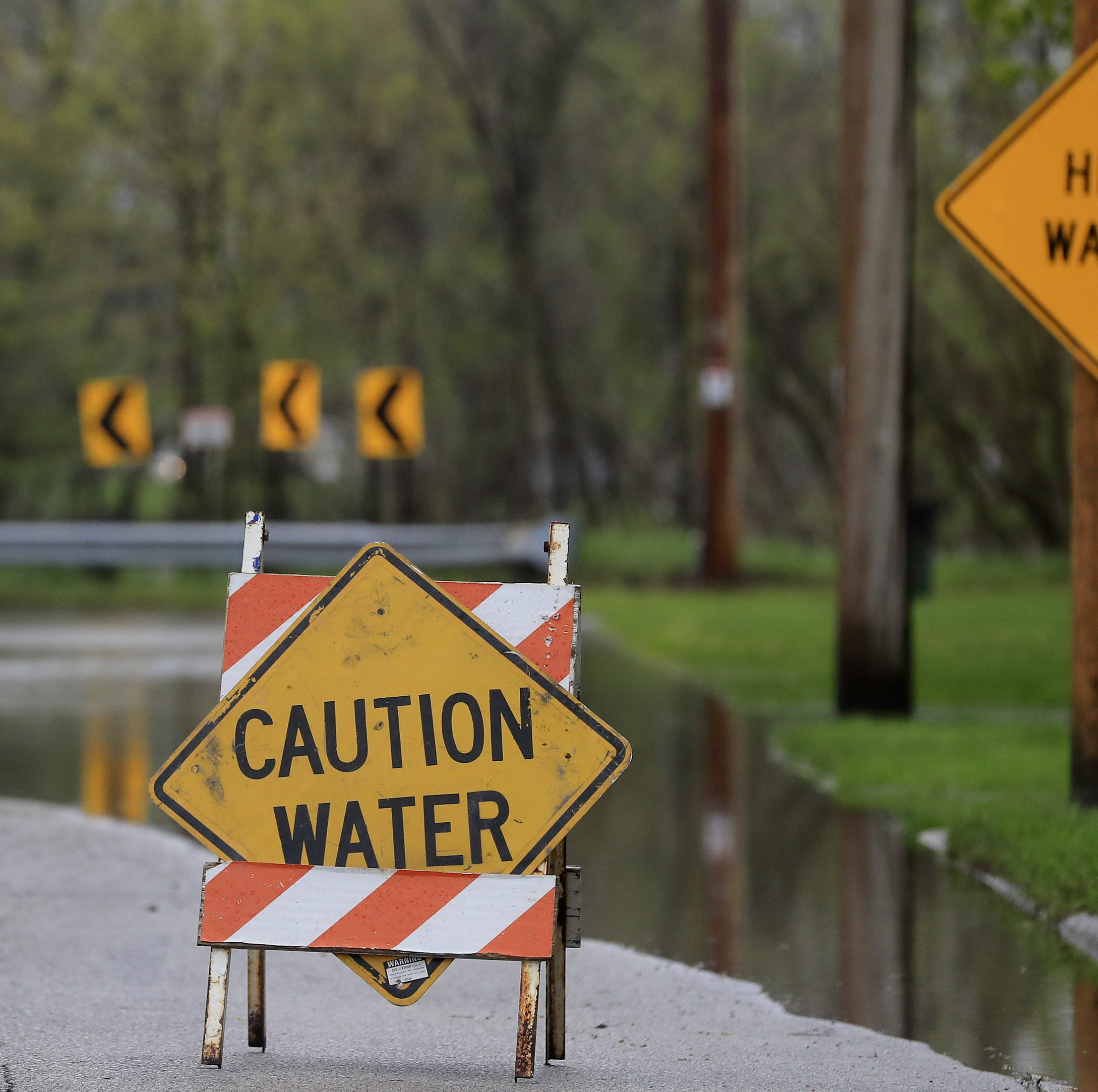 National Weather Service issues flood warnings for parts of Brown, Oconto counties
