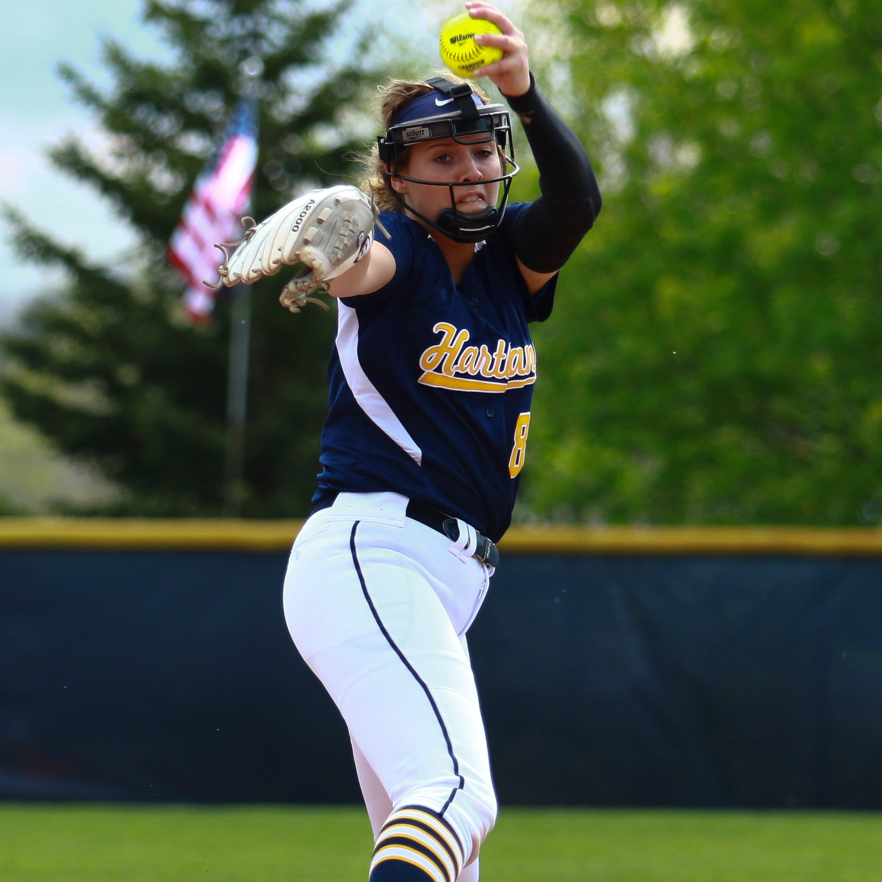 Hartland erases memory of early drubbing by beating state's top two softball teams