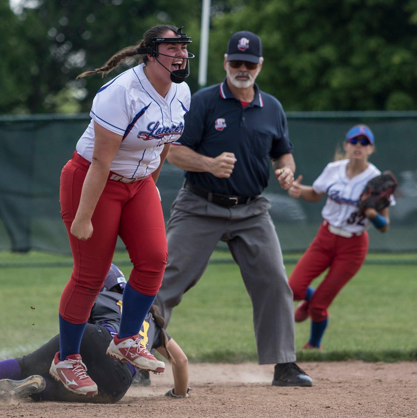 Another Lakewood softball rally ends Bloom-Carroll streak, earns Sweet 16
