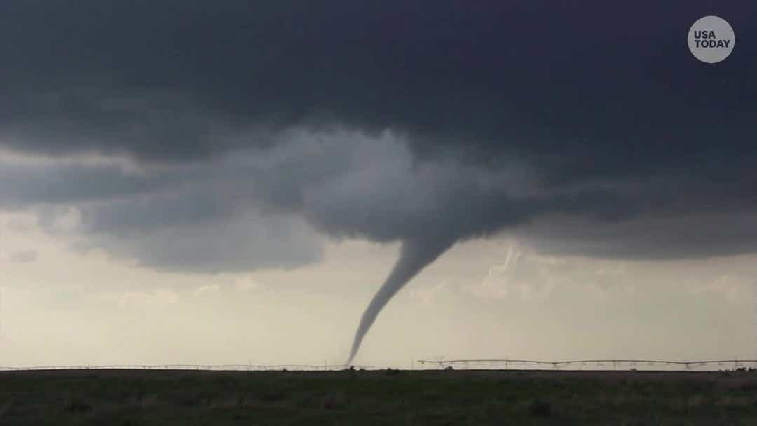 IMG TORNADOES in USA