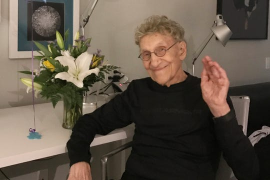 Comedian Sammy Shore, father of Pauly and co-founder of the Comedy Store, dies at 92