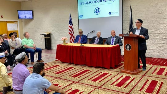 The Ahmadiyya Muslim Community Central Jersey hosted its second annual Open House and Ramadan Dinner on Saturday, May 18, at the Baitul Hadi Mosque in Old Bridge.