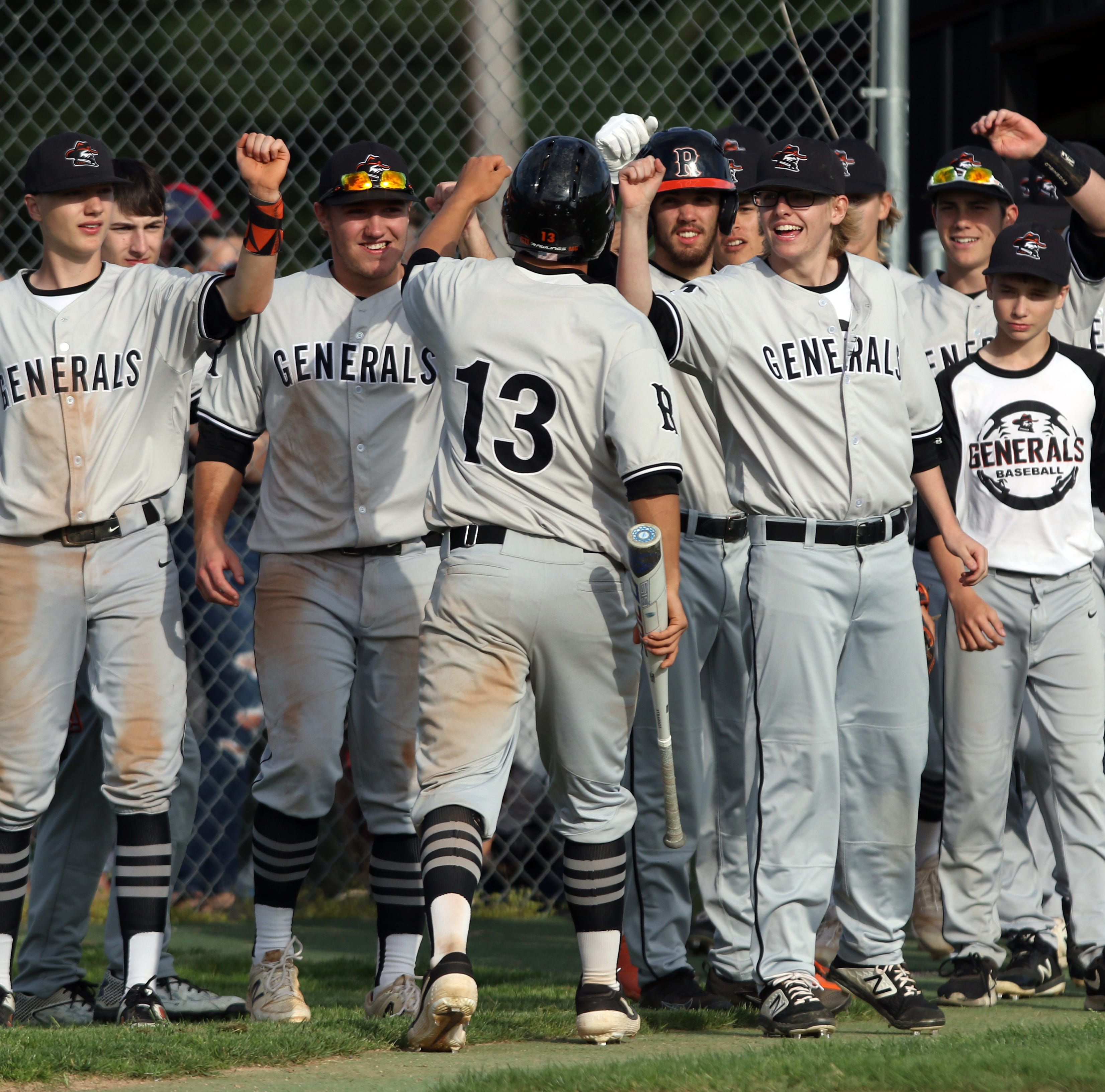 Big fifth inning propels Ridgewood to the district final