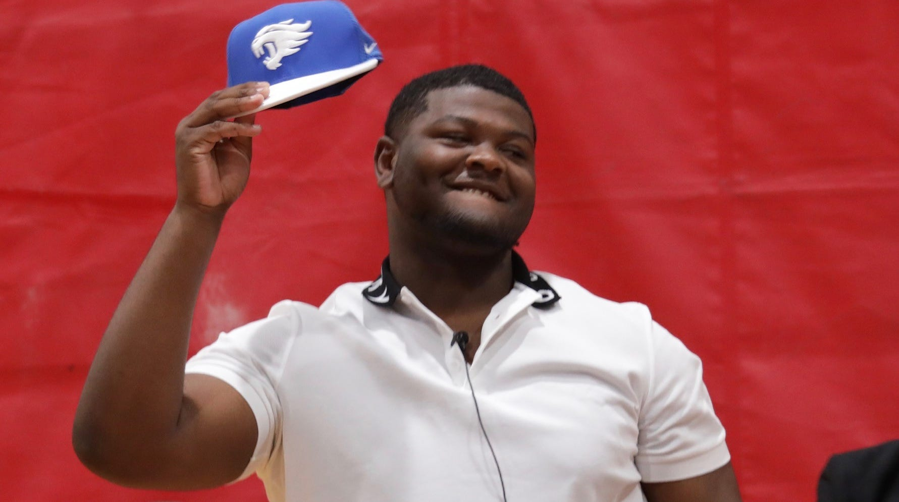 Oak Park senior Justin Rogers announces his commitment to Kentucky during a ceremony at the school Monday, May 20, 2019.