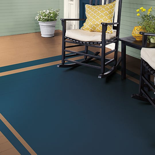 For an easy DIY project, try this faux porch rug that adds some pizazz to your front entrance.