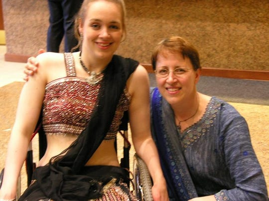 Cindy Kolbe and her daughter Beth Kolbe.