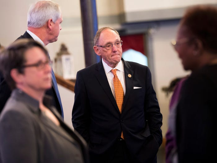 As pandemic bore down, Rep. Phil Roe snatched up Zoom shares, unloaded stock in cruise lines