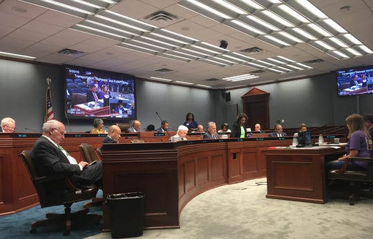 Lawmakers discuss several bills on drug testing after serious traffic accidents and fine exemptions for uninsured drivers during the House Transportation Committee on Monday.