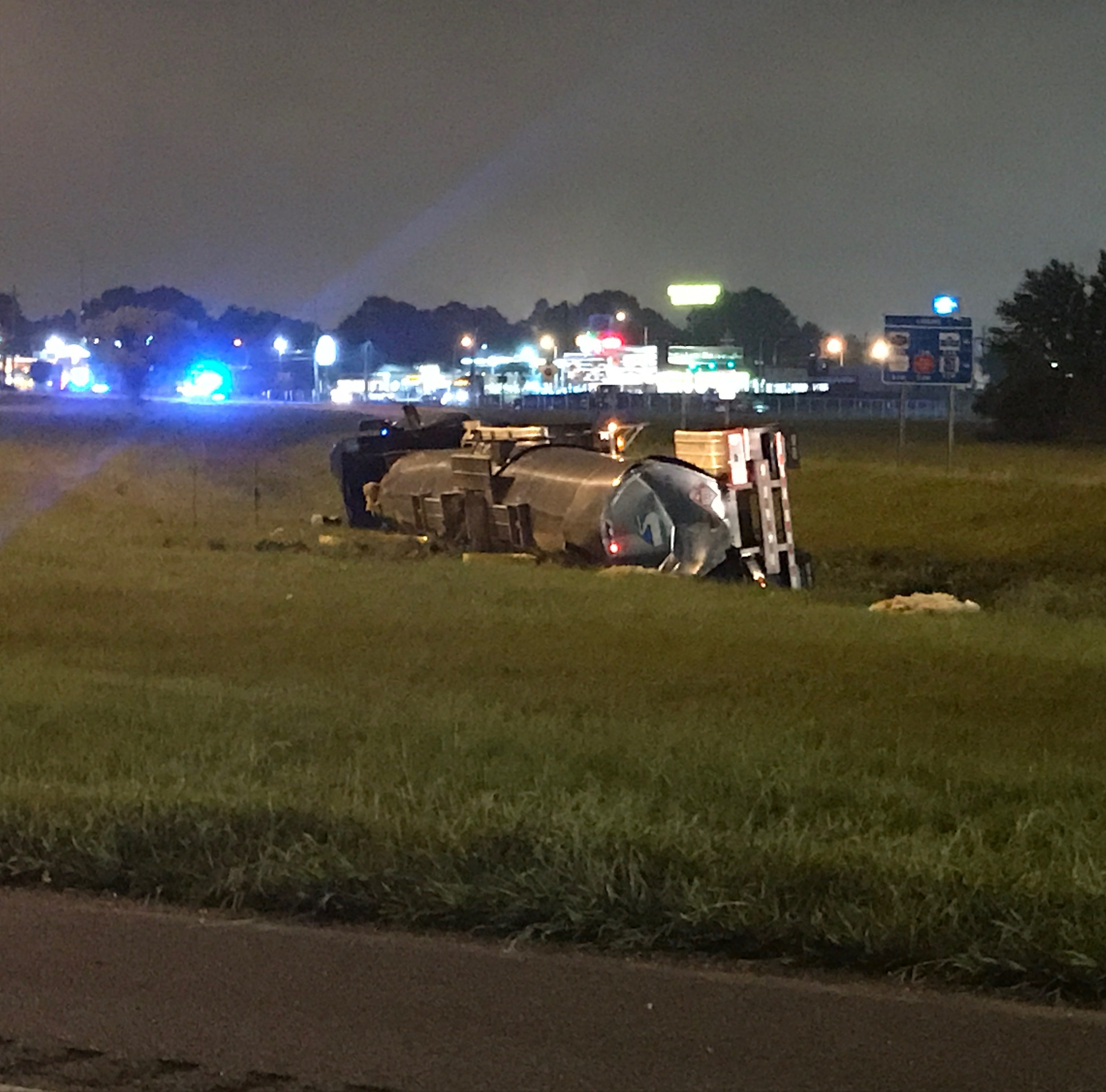 Overturned semi-truck snarls I-10 traffic; interstate should reopen soon