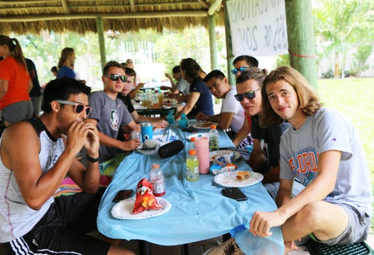Every year, volunteer parents organize the picnic for the students at Gene Sarazen Park.