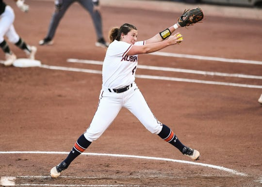 Auburn's Ashlee Swindle (4) pitches against Colorado State on Friday, May 17, 2019, in Tucson, AZ.