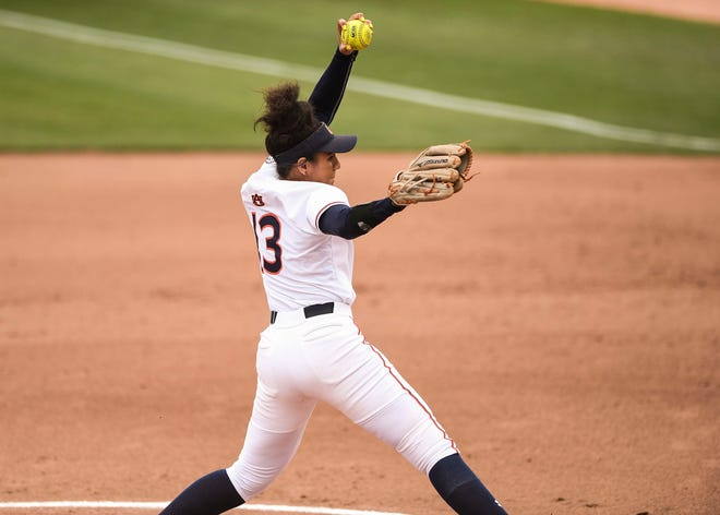 Auburn's Chardonnay Harris (13) pitches against Arizona on Sunday, May 19, 2019, in Tucson, AZ.