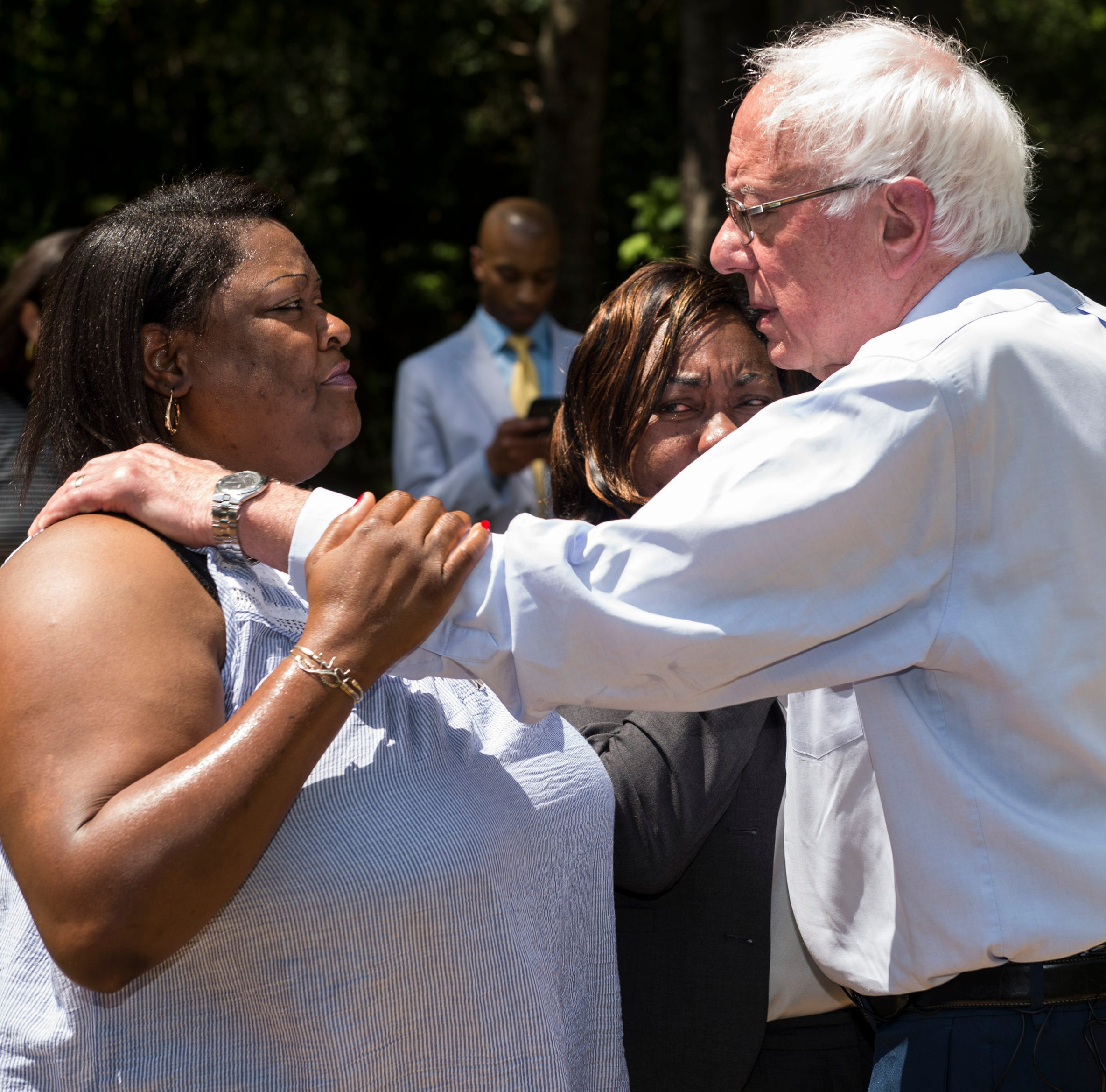 Democratic presidential candidate Bernie Sanders tours the River Region, decries inequality across the area