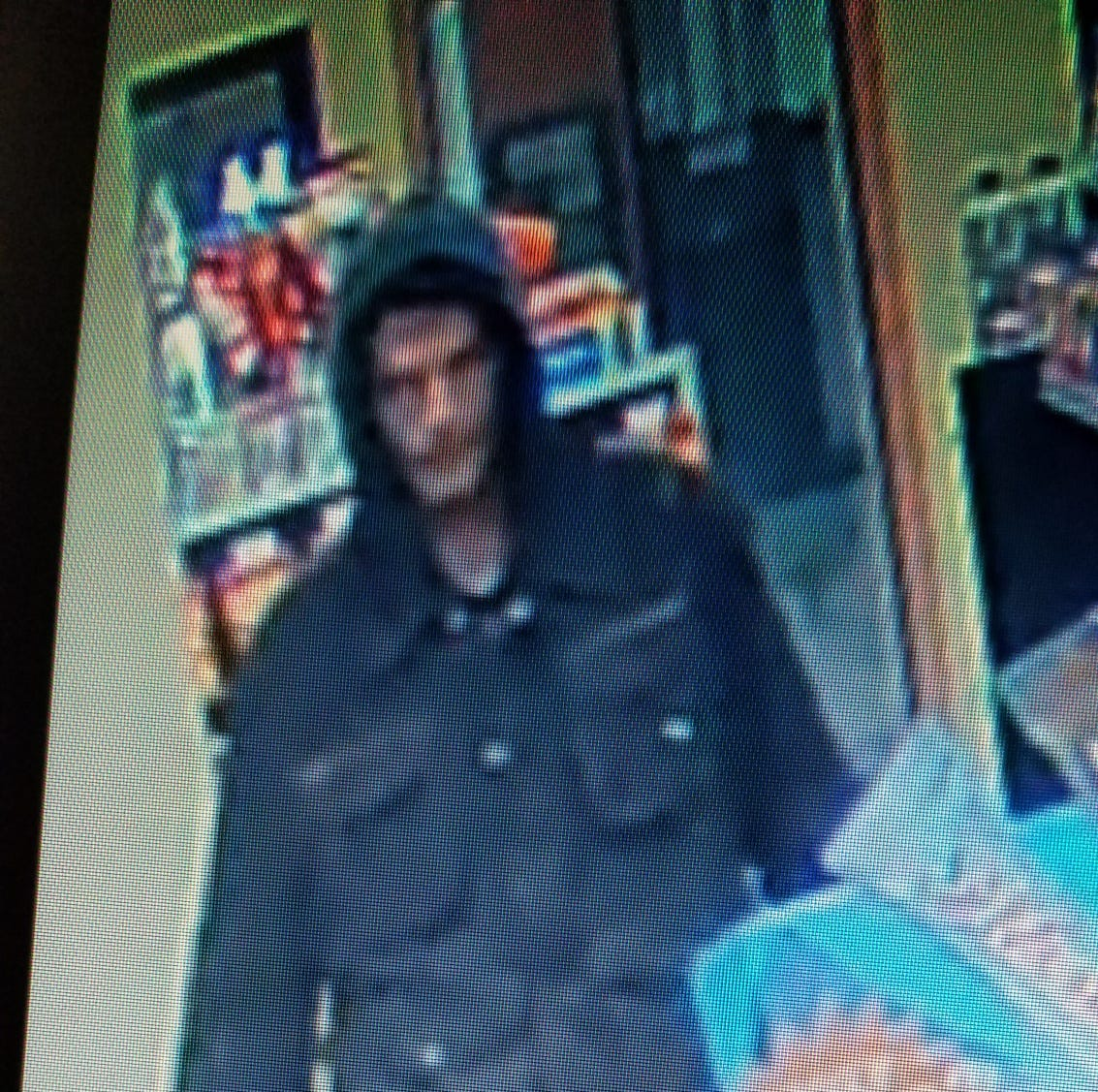 Oshkosh police searching for two men who robbed a South Main Street convenience store Sunday night