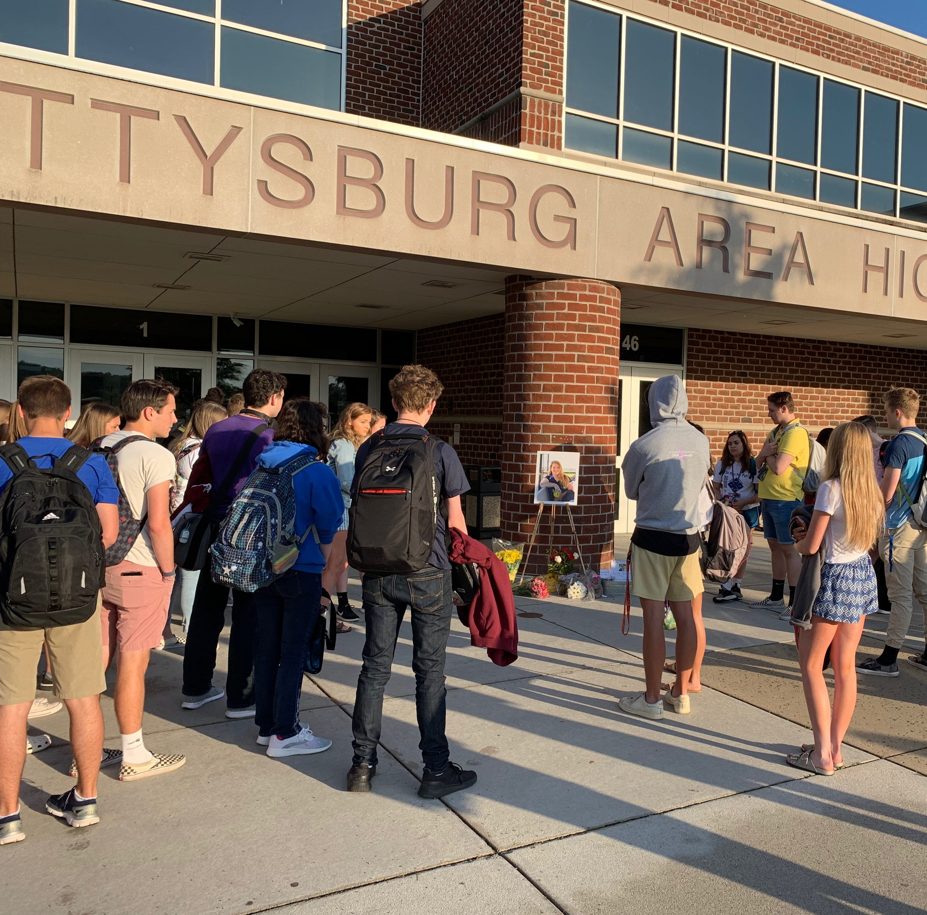 Gettysburg Area High School students pay tribute to classmate killed in car crash