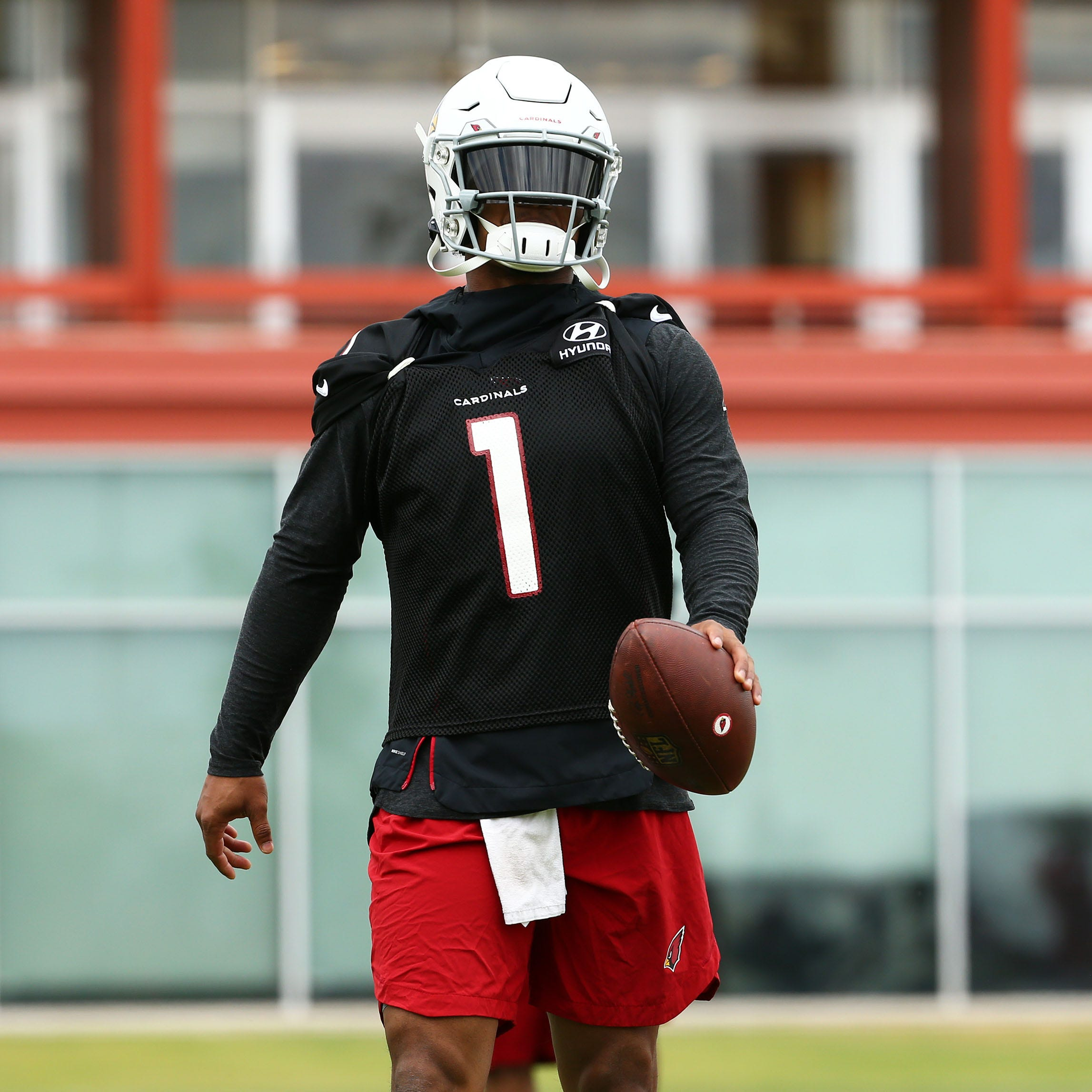 Kyler Murray makes a positive first impression on Arizona Cardinals teammates