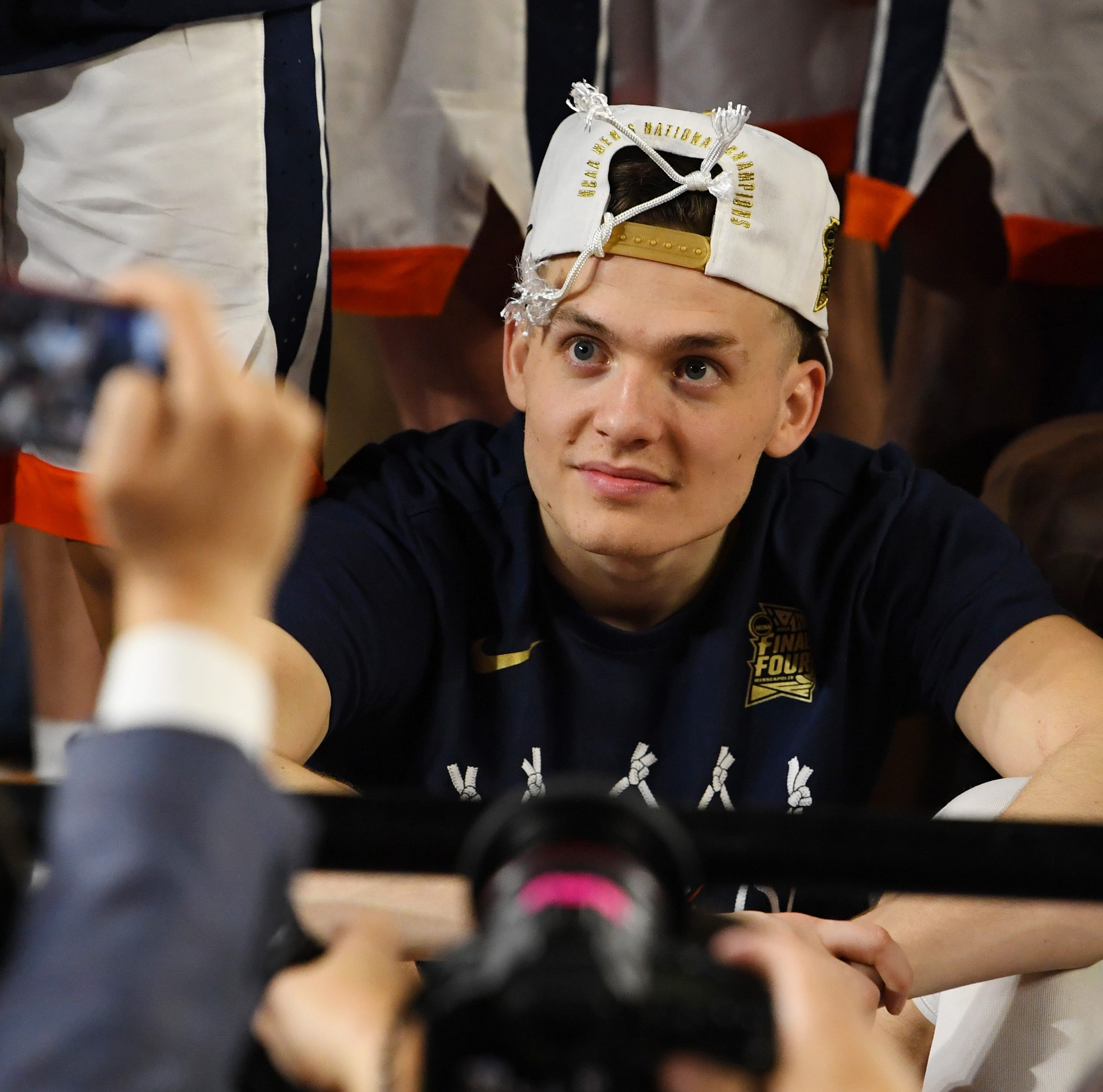 Click-and-roll: Suns looking at shooters in NBA draft, Cardinals' secret weapon and more