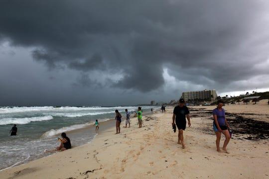 Cielo nublado en la Riviera Maya.