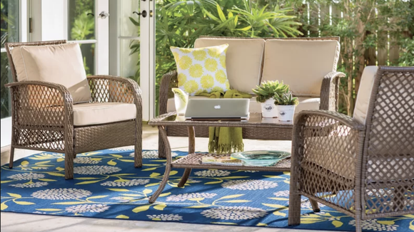 This set will make your patio the ideal gathering space.